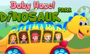 Хейзел в парке с динозаврами